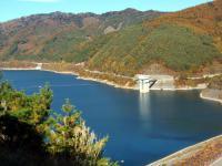 柳沢尾根から奥木曽湖