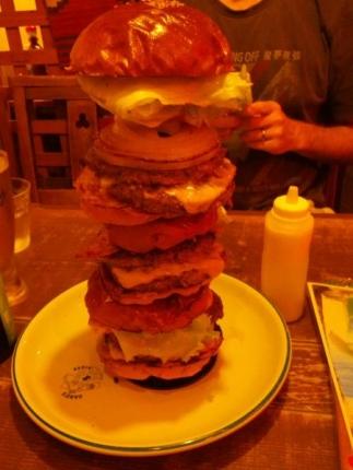 タワーバーガー食べた