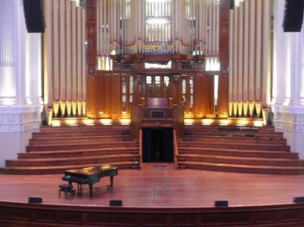 パイプオルガンとピアノ