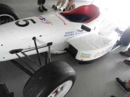 レーシングカー2