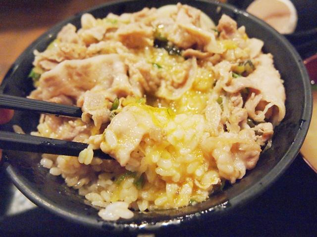 伝説のすた丼屋 池袋店 (8)