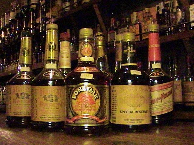 旧ウイレット蒸留所バーボンウイスキー