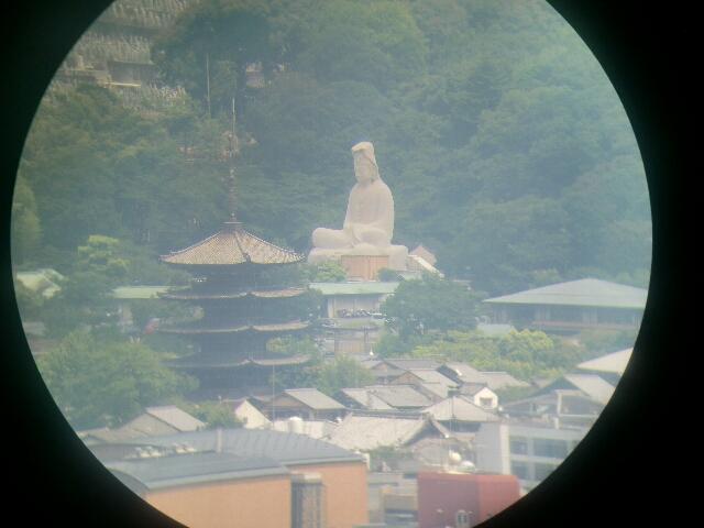 京都タワーから見た八坂の塔