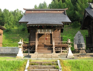 06御機神社