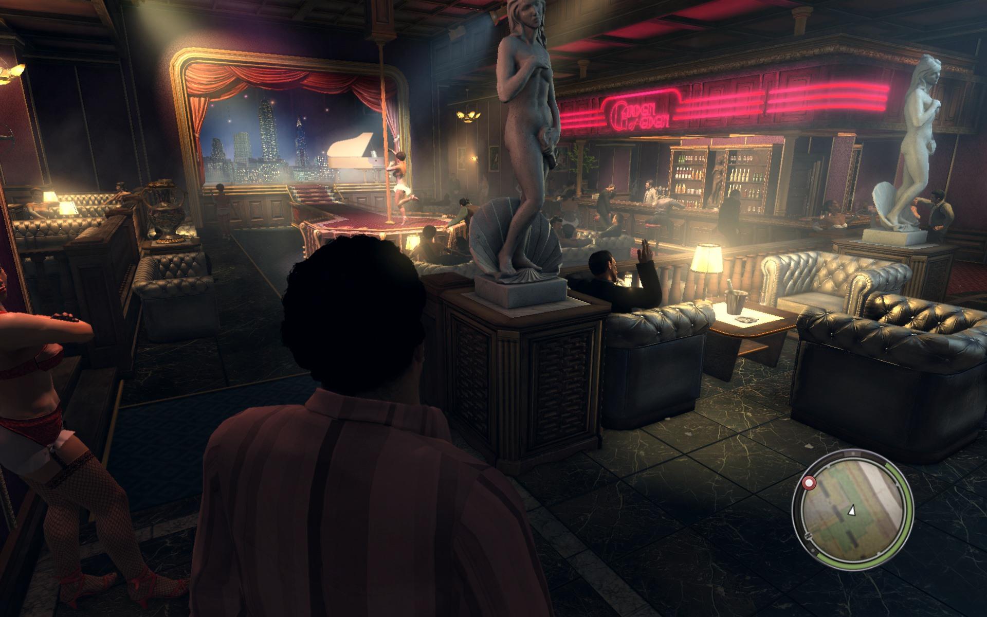 ( ゚∀゚)o彡°おーーーっぱい!おっぱい!おっぱい! 秘密クラブのようですが至る所におっぱい剥き出しのねーさん方がw しかもそこかしこでおっぱいねーさん抱えた紳士