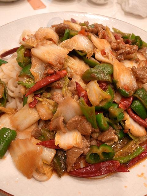 131220香膳-ラグマン羊肉野菜炒め