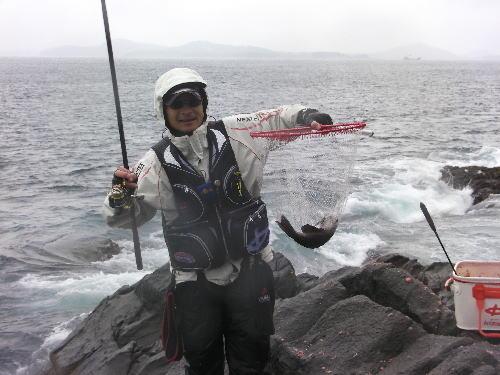 24クロ釣り王者05