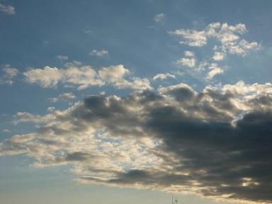 午前7時の雲
