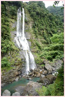 ウーライ 瀑布
