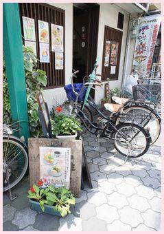 生野コリンタウン キムチサンドのお店
