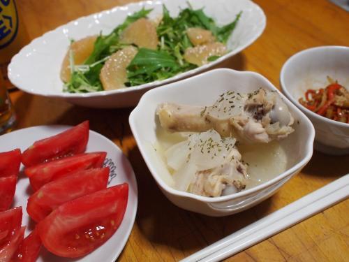 晩酌☆鶏大根煮&大根の皮と人参のきんぴら&水菜とグレープフルーツのサラダ