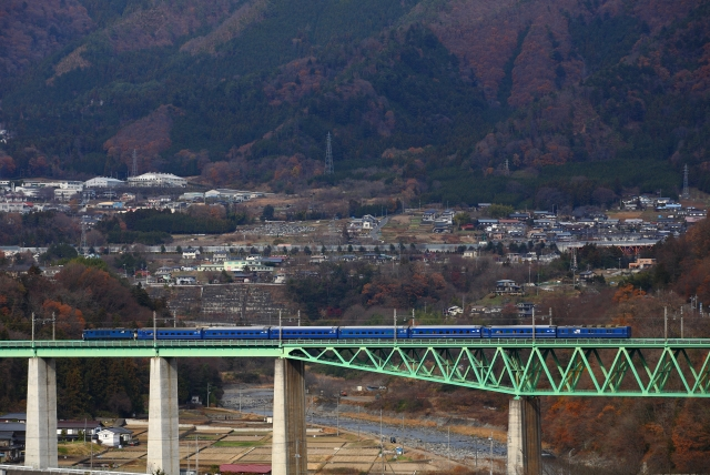 鳥沢鉄橋俯瞰