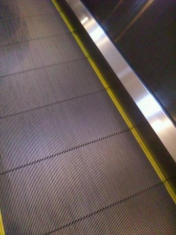 20121226動く歩道(下り)