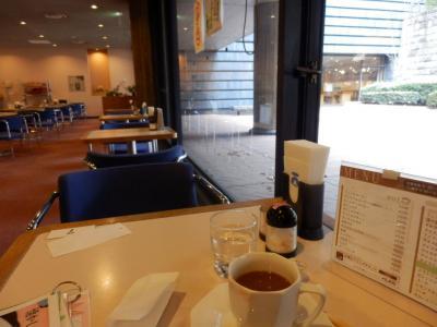 国会図書館の喫茶店2