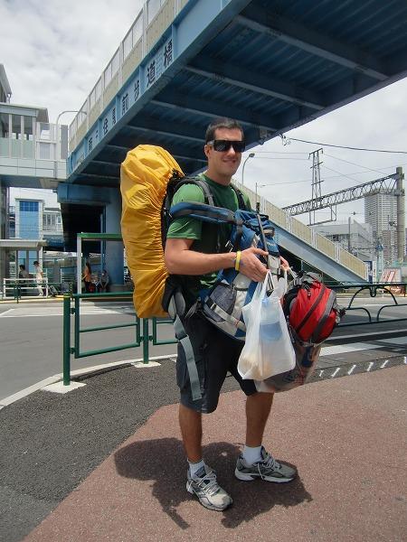 """世界中を巡る山谷の""""Backpacker"""""""