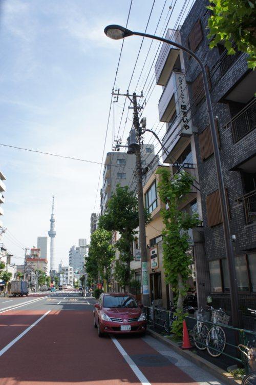 『ほていや』前からの東京スカイツリー