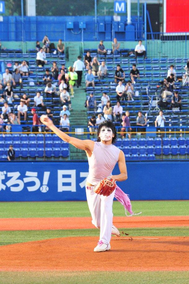 news_large_kenji01.jpg