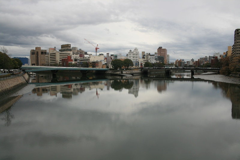 IMG_3480 栄橋から川下 W