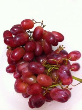 12_11_27_grapes2