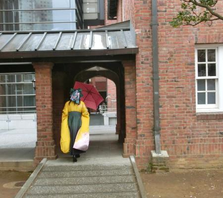 雨の卒業式