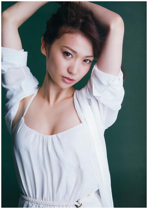 大島優子 上乳画像