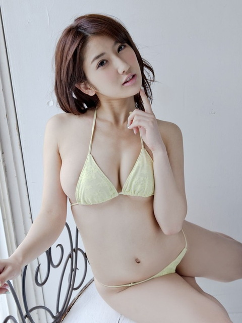 亜里沙 かわいいポーズの画像