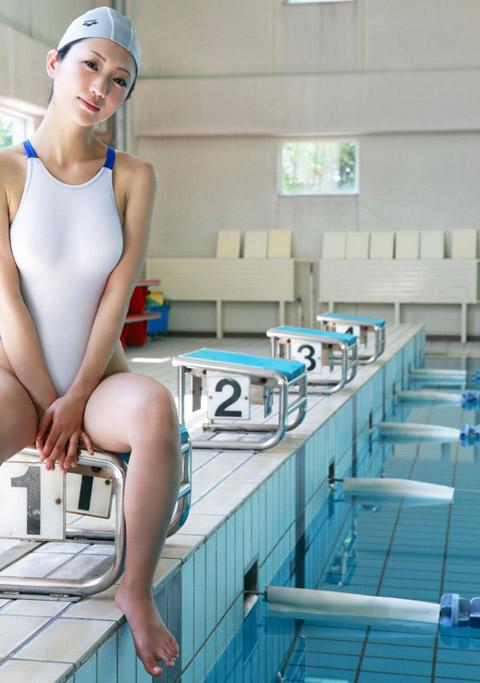 壇蜜 競泳水着画像