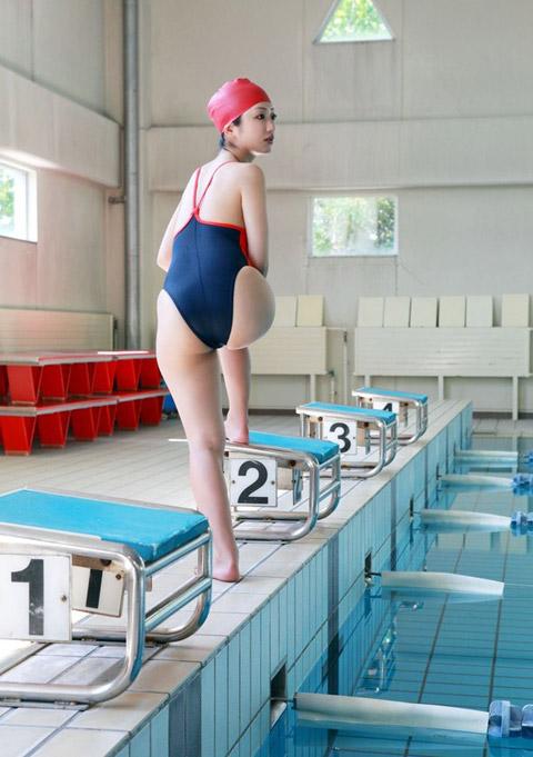 壇蜜 競泳水着のお尻画像