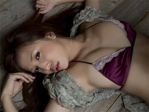 丸高愛実 セクシー画像