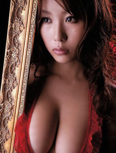 西田麻衣 キレイな画像