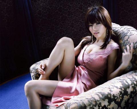 釈由美子 セクシードレス姿の画像