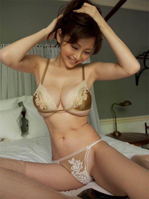 wulan guritno in sex