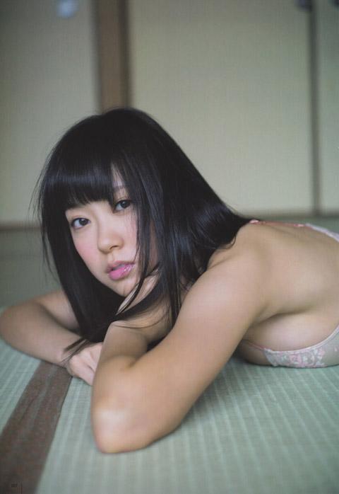 渡辺美優紀 下着画像2