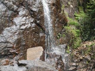 20120520遍妙の滝ズーム