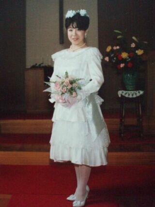 2010直美・ウエディングドレス姿