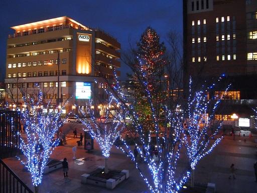 西宮芸術文化センタークリスマスツリー