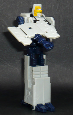 サイバトロン 音速公安官 ジェイセブン ロボットモード