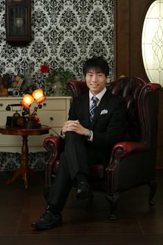 成人伊勢崎男スーツ
