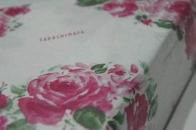 薔薇の包装紙