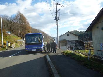 温泉行きのバス