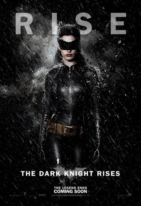 the-dark-knight-rises-selina-kyle-catwoman-rain_convert_20120715191445.jpg