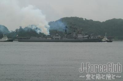120609 インド海軍出港-01