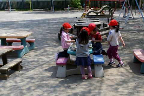 2006-11-14 25年4月15,16日園庭風景 038 (800x533)