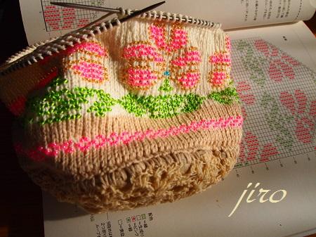 ビーズ編みバッグ-輪針…ラトビアミトン模様の巾着.6