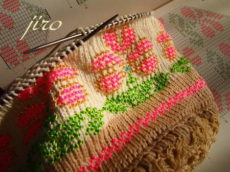 ビーズ編みバッグ-輪針…ラトビアミトン模様の巾着.7