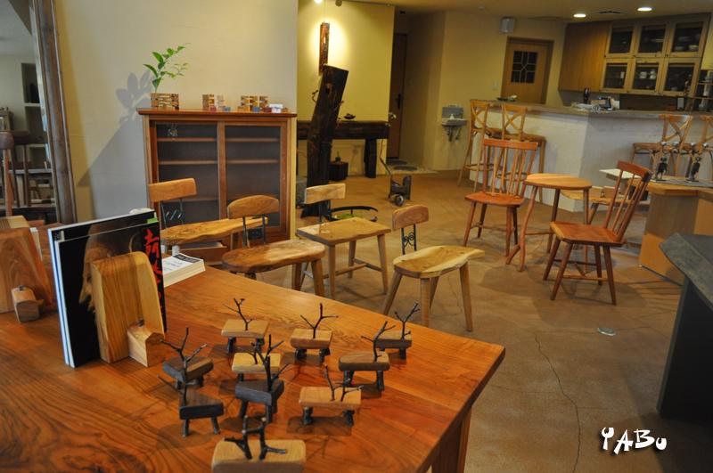 秋田での展示会 那須高原の家具工房 じざい工房 小林康文の素材を活かす家具づくり