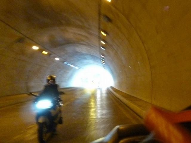 トンネルツーリング (16)