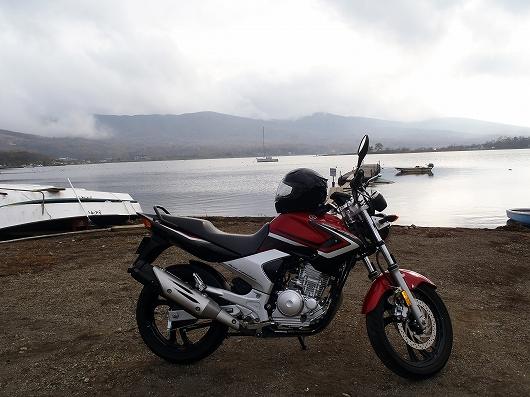 湖畔にて02-20141108