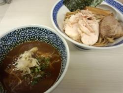 濃厚鶏豚骨魚介つけ麺