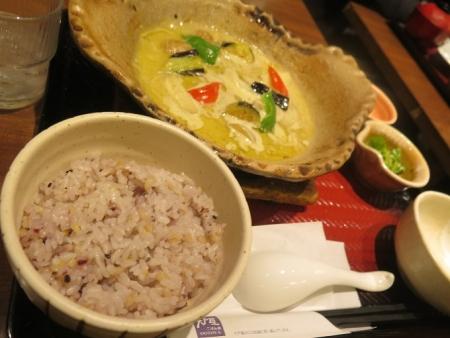 グリーンカレー鍋定食
